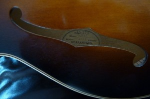 Gibson ES175 manufacturers lable